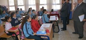 Süleyman Demirel Ortaokulu öğrencilerinden örnek davranış