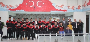 Sungurlu Belediyespor Futbol'da İddialı