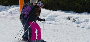 Güneşin keyfini kayak yaparak çıkardılar