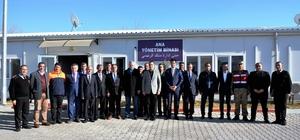 Vali Toprak Suriyelilerin sorunlarını dinledi