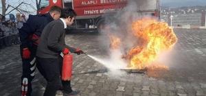 İtfaiyeden yangın ve deprem tatbikatı