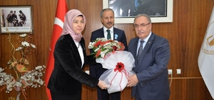 Vali Ahmet Hamdi Nayir: Vergiler vatandaşa hizmet olarak dönüyor