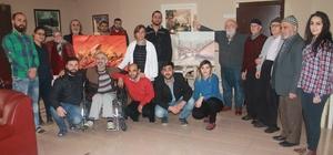 Kırşehir'de ressamlar huzurevi sakinleriyle resim yaptı