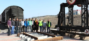 Demiryolu projesinin örneği KBÜ'ye kuruldu