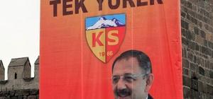 Kayserispor'a pankartlı destek