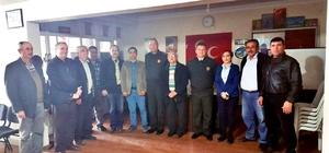 Komutanlardan Salihli MHP'ye iade-i ziyaret