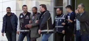 Akhisar'da uyuşturucu tacirlerine darbe