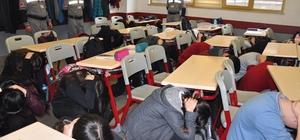 Çekmeköy'de okullarda deprem tatbikatı yapıldı