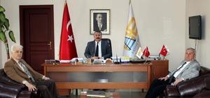 Şair Müftüoğlu'ndan Başkan Karakullukçu'ya ziyaret