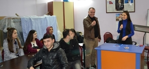 Bandırma'da işaret dili kursları