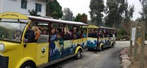 Özel öğrenciler İzmir Doğal Yaşam Parkını gezdi