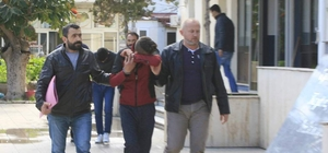 Datça'da okul önlerinde uyuşturucu hap satan iki kişi tutuklandı