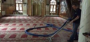 Gürsu'da camiler temizleniyor