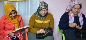 Köyde açılan kurs genç kızlara umut oldu