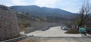 Başiskele Belediyesi yol yapım çalışmalarına devam ediyor