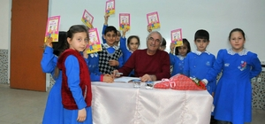 Akşehir'de yazar-öğrenci buluşmaları sürüyor