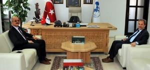 Kaymakam Türk'ten, Başkan Akkaya'ya ziyaret