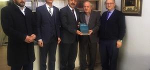 TYB Erzurum Şubesi'nin Kitap Takdimli Ziyaretleri Devam Ediyor