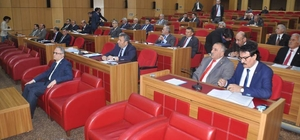 İl Genel Meclisinde referandum gerginliği