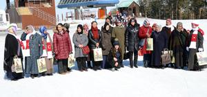 Kadınlar gününü kayak yaparak kutladılar