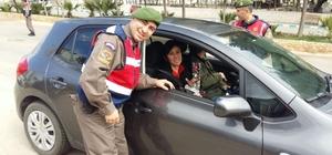 Kaş Jandarma da kadınları unutmadı