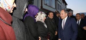 """""""Erdoğan şapkasını alıp gidecek zannedenler, beyhude zannetsinler"""""""