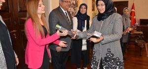 Suriyeli kadınlar, Kilis Valisi İsmail Çataklı'yı ziyaret etti