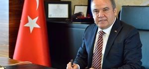 Konyaaltı Belediye Başkanı Böcek, en başarılı ilçe belediye başkanı seçildi