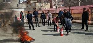 Kulp'ta eğitimcilere yangın eğitimi verildi