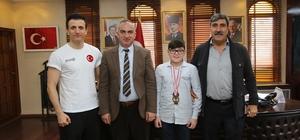 Türkiye 3.'sünden Başkan Yılmazer'e ziyaret