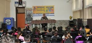Yazar Karagöz ile Yazar Demirci'den öğrencilere tavsiyeler