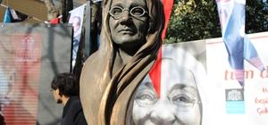 Beşiktaş'ta bir parka Zübeyde Hanım heykeli dikildi