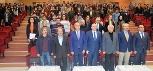Onyedi Eylül Üniversitesi Mehmet Akif Ersoy'u andı