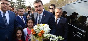 Gümrük ve Ticaret Bakanı Tüfenkci Tunceli'de