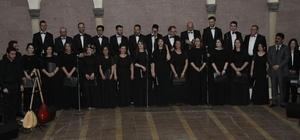Nevşehir'de Türk Halk müziği konseri büyük beğeni topladı