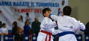 Karateciler, Çanakkale şehitleri için tatamiye çıktı