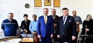 Başkan Akgül'den konservatuvar öğrencilerine sürpriz ziyaret
