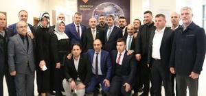 Bakan Müezzinoğlu Serdivan Belediyesi'ne misafir oldu