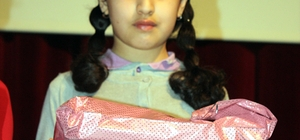 İstiklal Marşı'nı okuyan Suriyeli çocuk dinleyenleri duygulandırdı