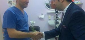 Halkla ilişkiler öğrencileri tıp bayramında sağlık çalışanlarını unutmadı