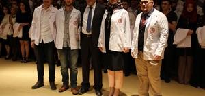 CÜ Tıp Fakültesi öğrencileri beyaz önlük giydi