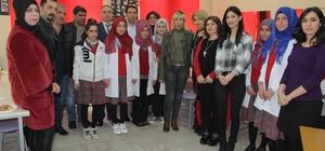 Elazığ'da öğrencilere uygulamalı kuaförlük eğitimi