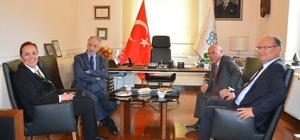 Başkan Eşkinat Murat Karayalçın'ı ağırladı