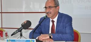 """Prof. Dr. Karakaya: """"Eğitim sistemimizi, insan fıtratına uygun hale getirmeliyiz"""""""