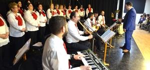 Çukurhisar'da Türk Halk Müziği Korosu konseri