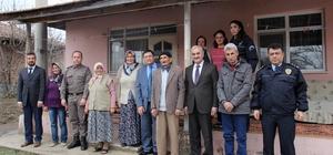 Zaman ve Karataş'tan Şehit ailelerine ziyaret