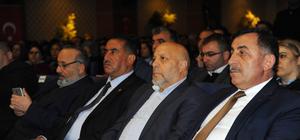 """""""Anayasa değişikliğine tam destek geleceğimiz için evet"""" konferansı"""