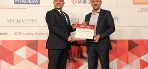 İzmir'in o AVM'sine hizmet başarı ödülü