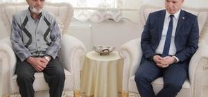 Vali Gül, şehit ailelerini ziyaret etti