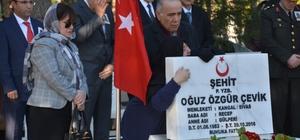 İzmir'in ilçelerinde duygu yüklü 18 Mart törenleri